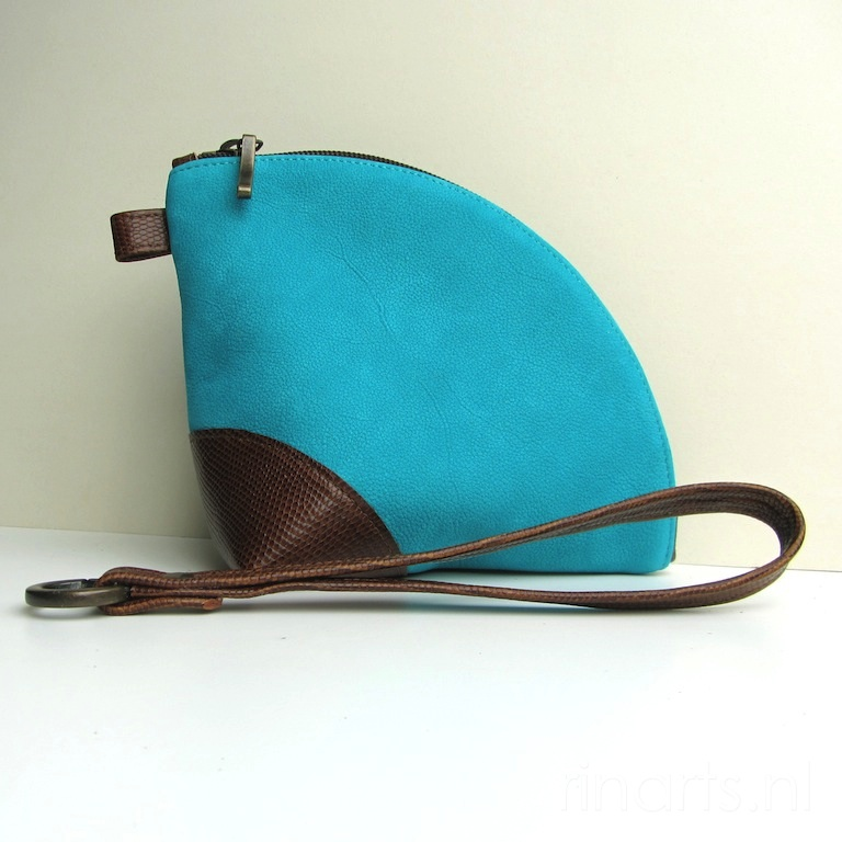 Custom orders (I): Leather bags and clutches